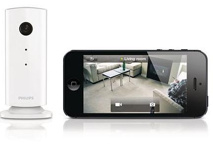 un syst me de surveillance connect reli votre smartphone. Black Bedroom Furniture Sets. Home Design Ideas