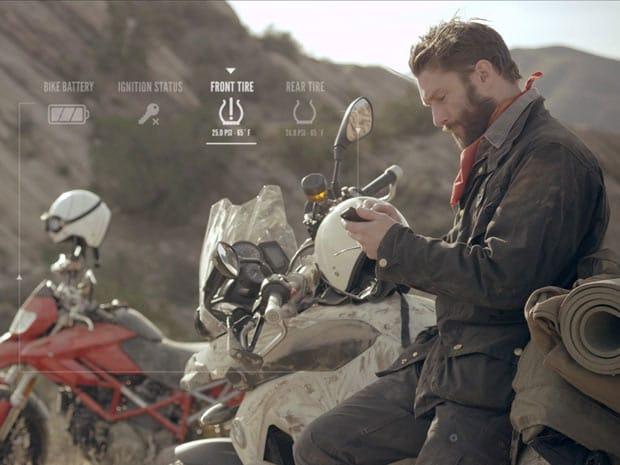 équipement moto connecté