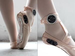 Chausson Danse e-traces, des chaussons de danse connectés qui traque les mouvements
