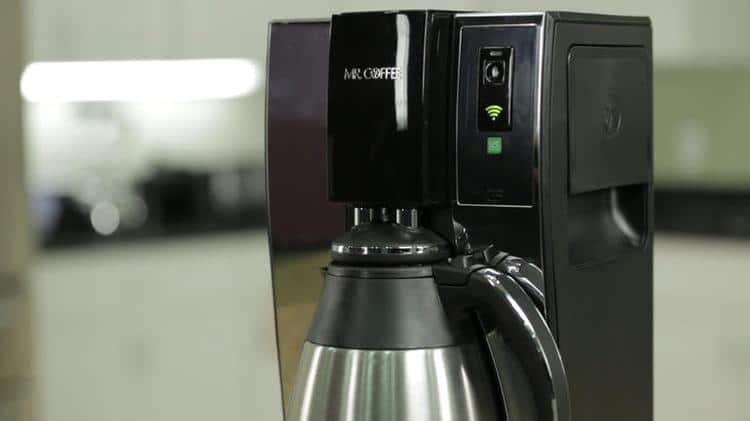 la machine caf connect e de belkin mr coffee. Black Bedroom Furniture Sets. Home Design Ideas