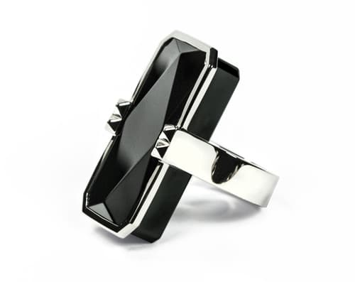 Black-Silver-Ring