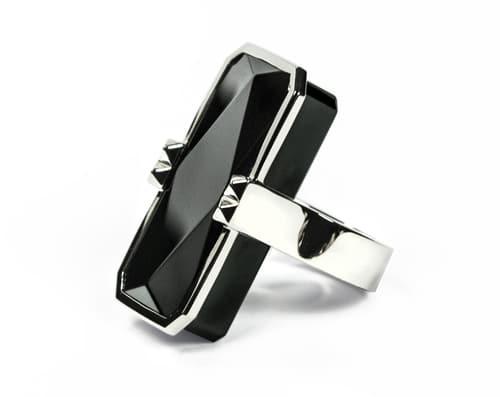 Black-Silver-Ring