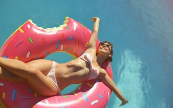 La piscine oui, l'insolation non, avec LilyPad, votre compagnon pour l'été