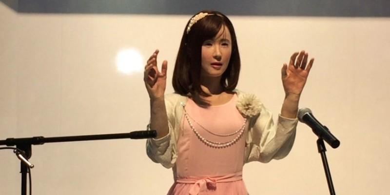 robot japonais - poupée gonflable