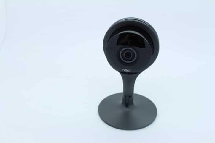 test Nest cam design et ergonomie produit caméra