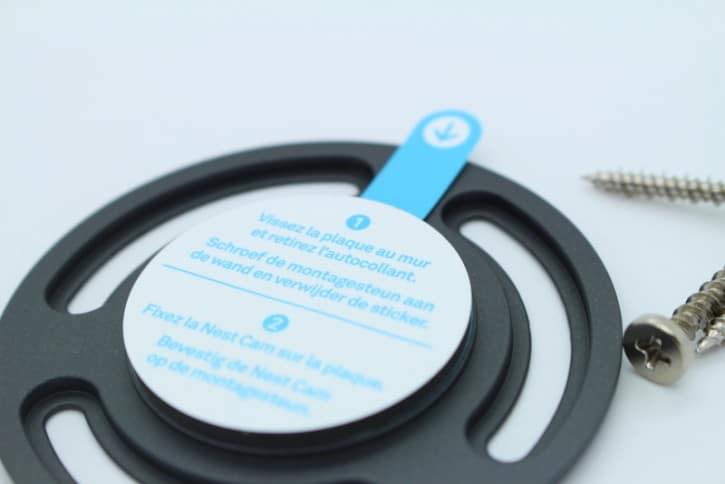 test Nest cam design ergonomie pied et renseignement