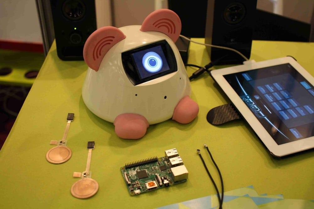 robot Haapie à reconnaissance vocale
