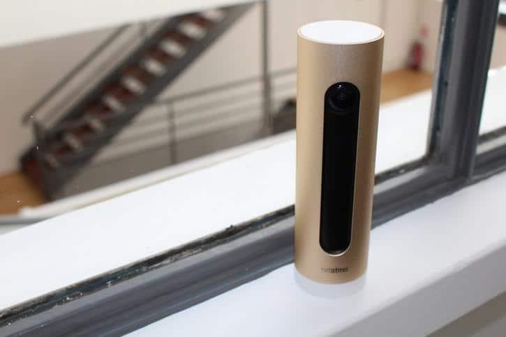 Test netatmo welcome caméra connectée design ergonomie de côté