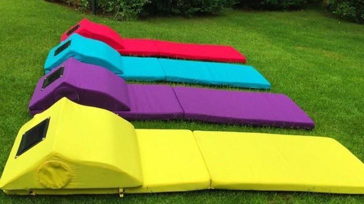 beachill le matelas qui r sout tous les probl mes de la. Black Bedroom Furniture Sets. Home Design Ideas