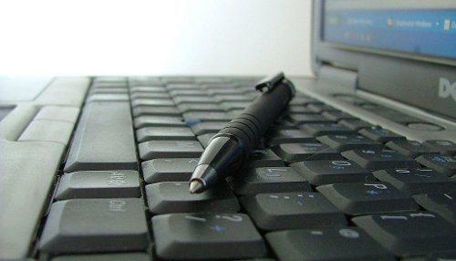 crayon clavier