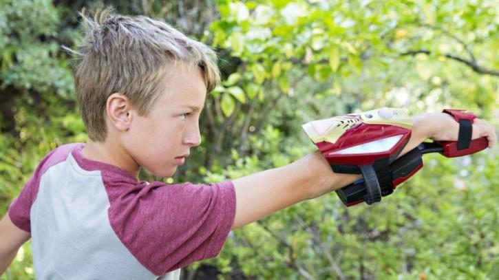31-kids-wearable-toys-1449773710-C55x-column-width-inline
