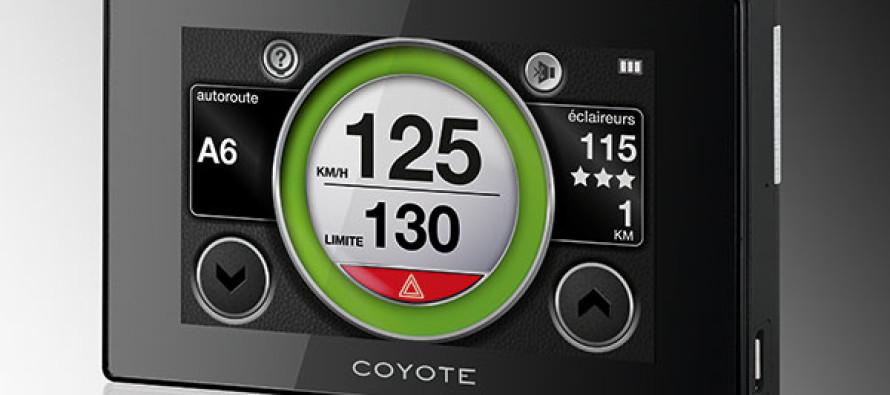 coyote smart vous accompagne en voiture. Black Bedroom Furniture Sets. Home Design Ideas