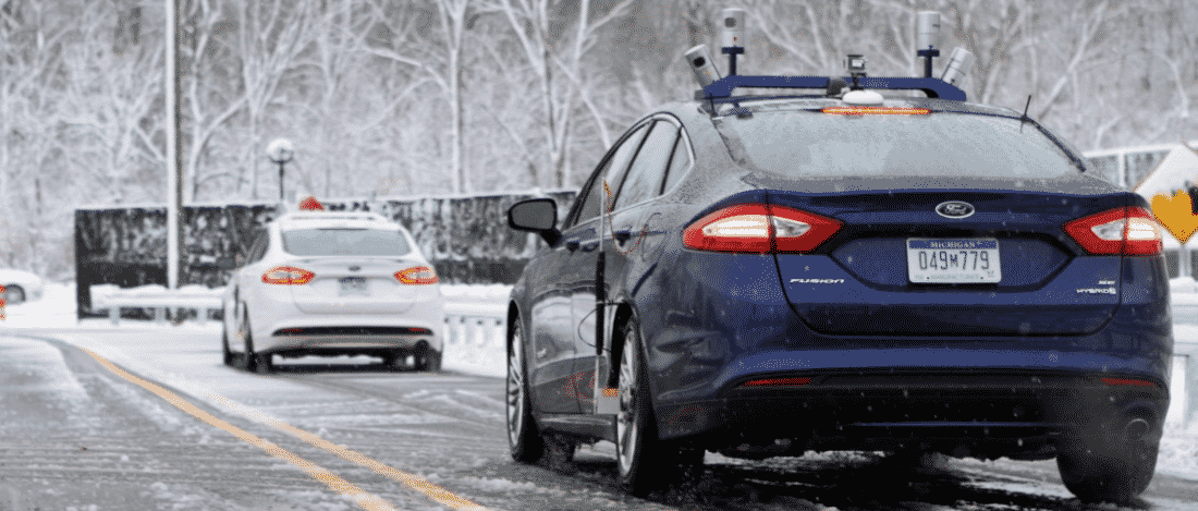 Voiture autonome Ford neige