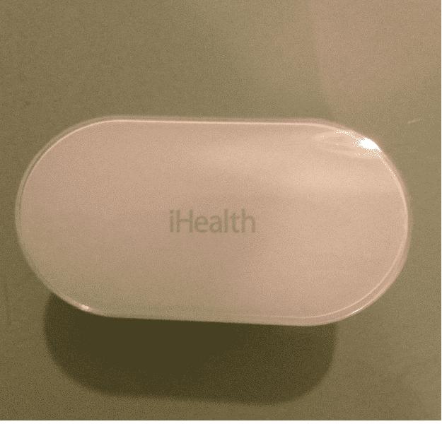 iHealth Oxymètre PO3 test design et ergonomie gros plan