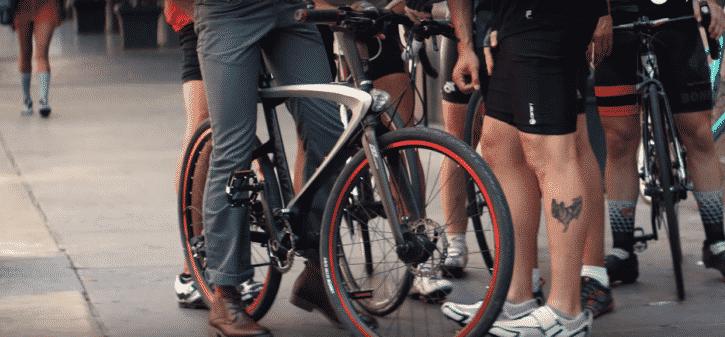 super bike, vélo connecté aux multiples fonctions
