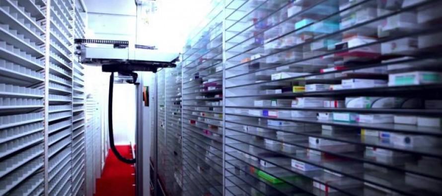 MACH 4, le premier système de pharmacie robot