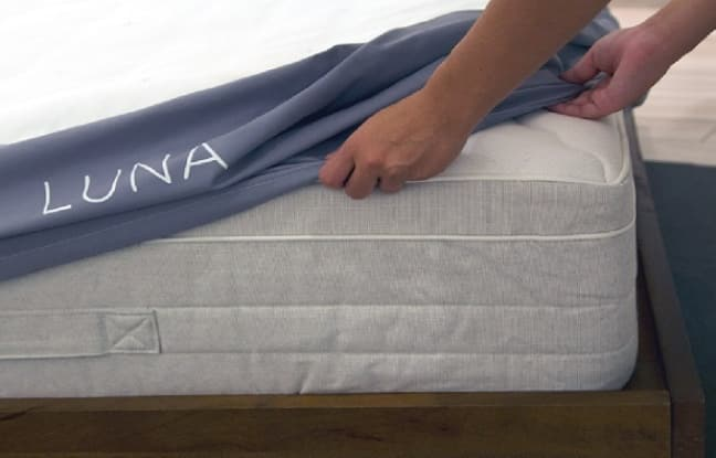 drap connecte a mettre sur le lit chambre connectee