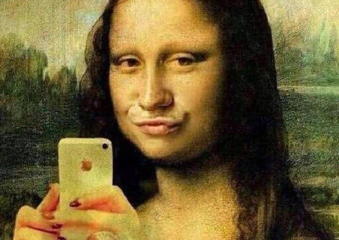 Joconde selfie musee