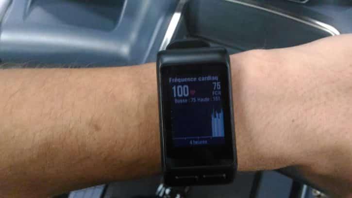 garmin vivoactive hr au poignet montre fréquence cardiaque