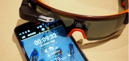 Solos, les lunettes de réalité augmentée pour cyclistes