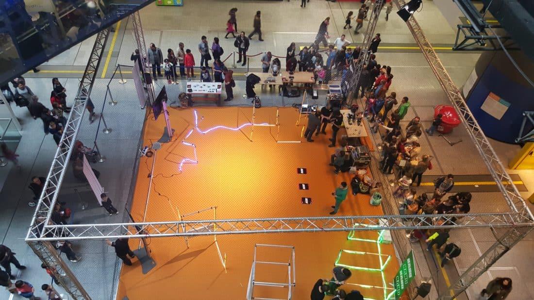 festival droles de drones atelier enfants vue dessus une
