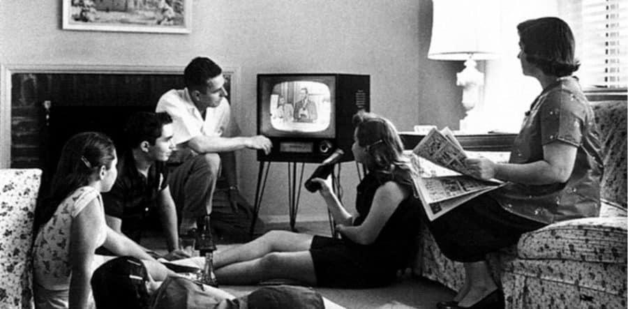 publicite place de l'ecran dans le foyer