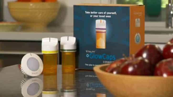 Les Glowcaps sont des bouchons pour tube de pilules connectés.