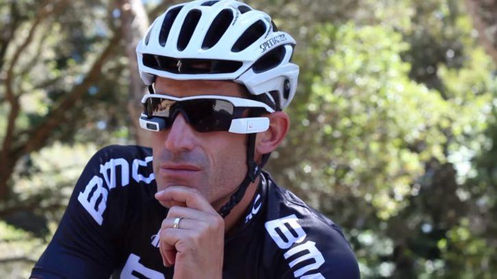 Les lunettes Recon Jet rendent le cyclisme beaucoup plus facile et interactif.