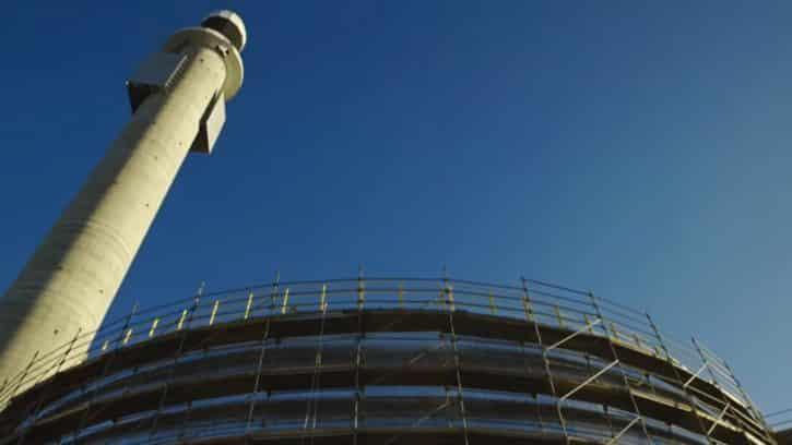 La tour de Crescent Dunes permet de faire fondre le sel pour stocker l'énergie.