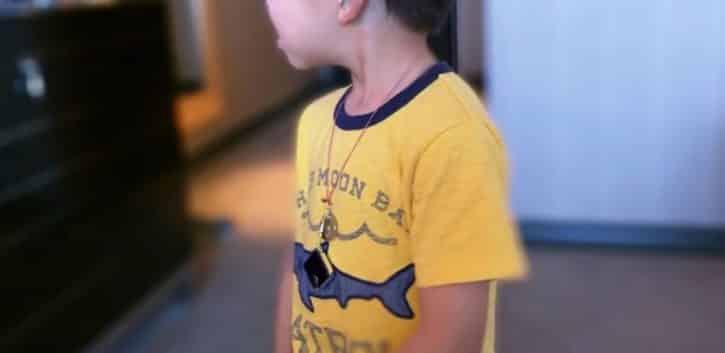 Track Taag porté collier enfant