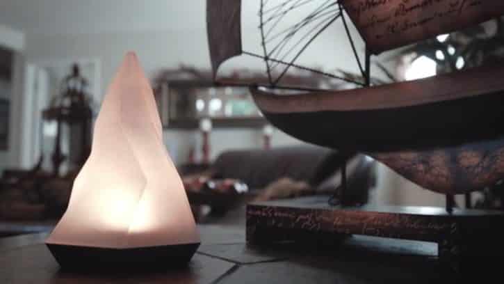 Peak est une lampe connectée