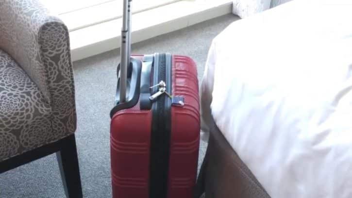 Le tracker Track Taag est clipable sur une valise