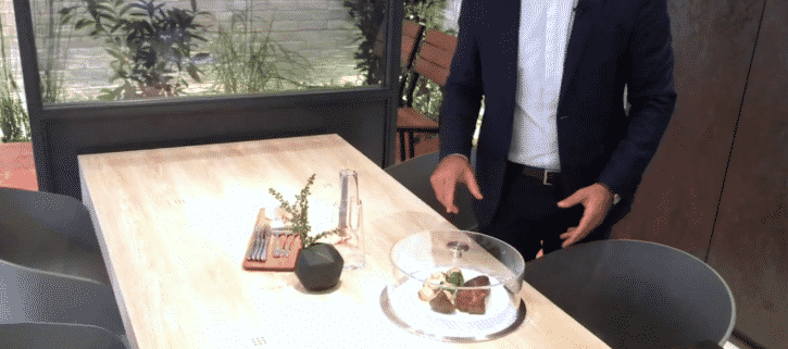 ifa panasonic propose la cloche aliments qui r chauffe les plats. Black Bedroom Furniture Sets. Home Design Ideas