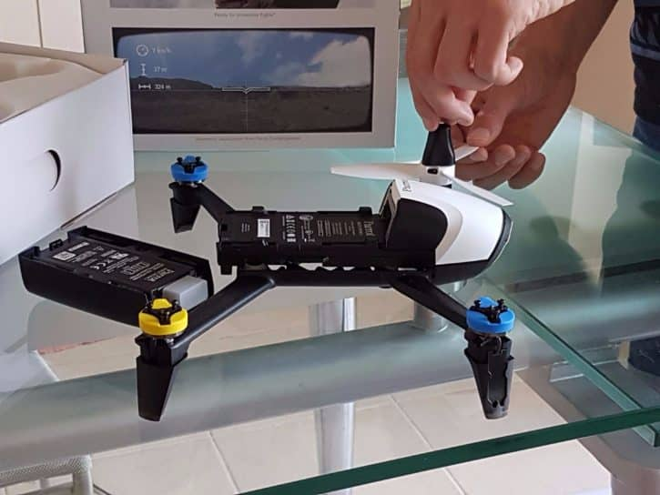 parrot drone mods with Test Parrot Bebop 2 Fpv on F 1442044 Vco3663426734262 additionally F 1442044 Vco3663426872612 together with F 1442044 Kit5055687416823 in addition 331662088691 additionally Watch.