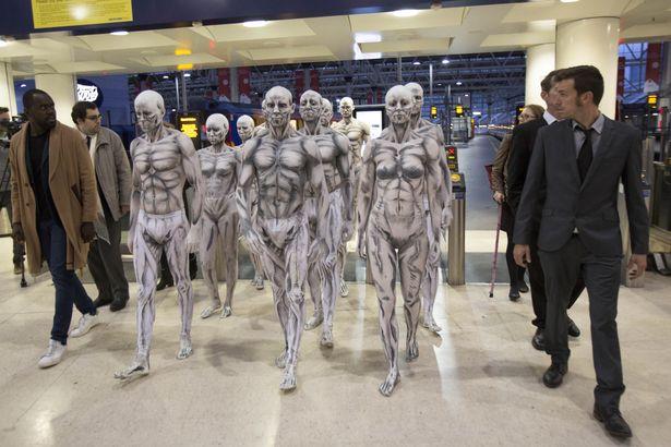 Les robots de Westworld envahissent Londres