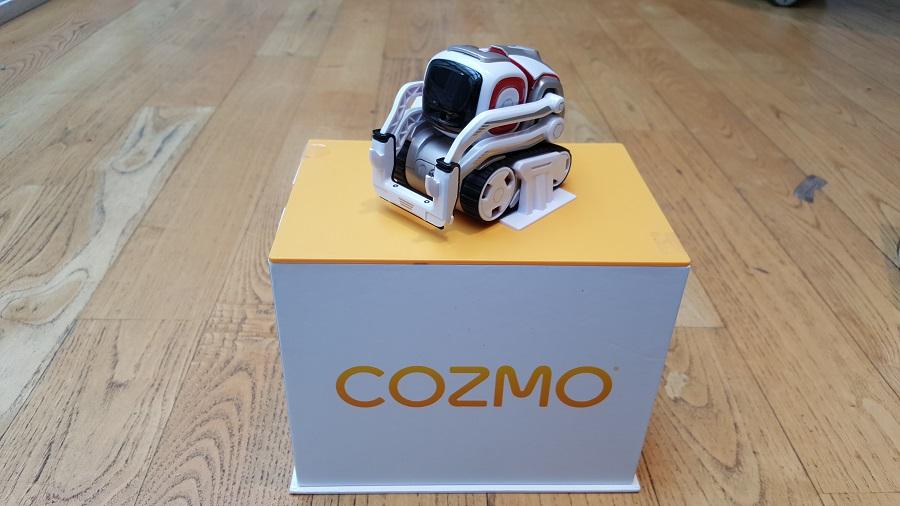 Unboxing Cozmo Anki socle robot