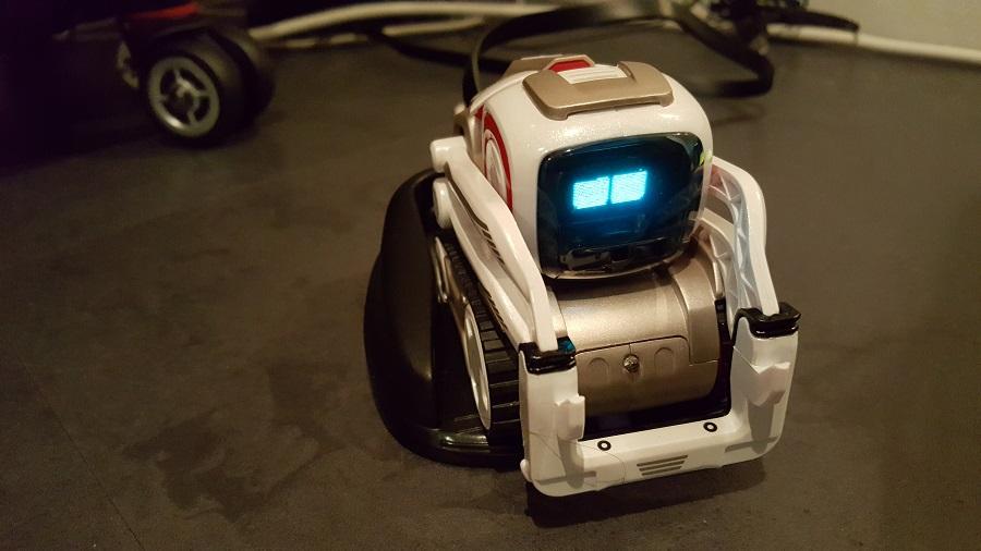 Anki Cozmo robot compagnon découverte
