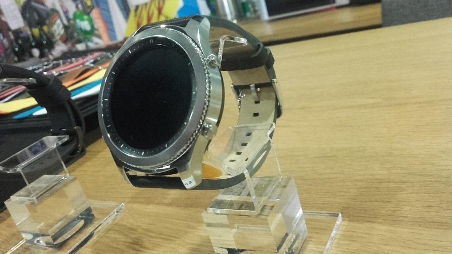 Samsung Gear S3 vs Gear S2 Classic