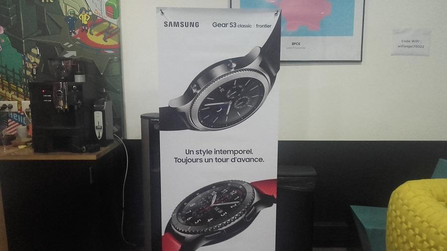 Samsung Gear S3 vs Gear S2 affiche