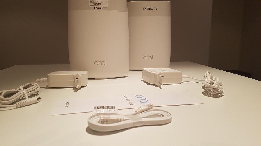 Test design packaging Orbi Netgear Routeur Réseau Sans Fil