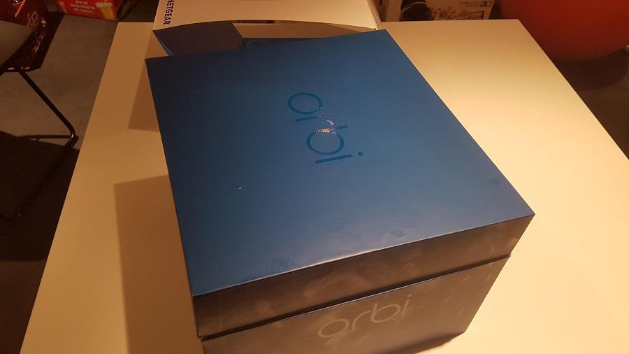 Test unboxing Boîte couvercle Orbi Netgear Routeur Wi-Fi Bleu