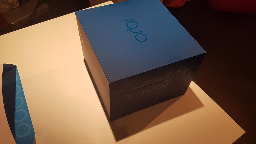 Test unboxing Boîte Bleue marine couvercle Orbi Netgear Routeur Réseau Wi-Fi