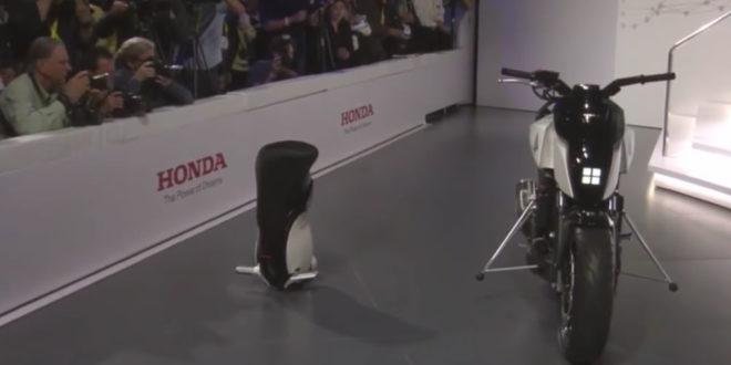 Honda moto auto équilibrée CES 2017