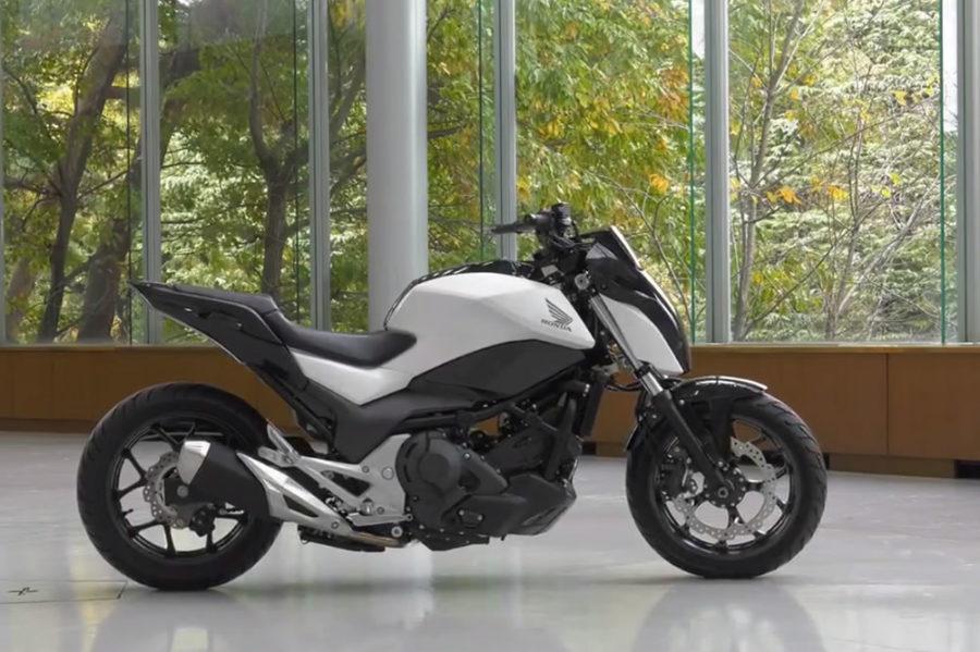 Honda moto trouve équilibre seule CES 2017 semi autonome