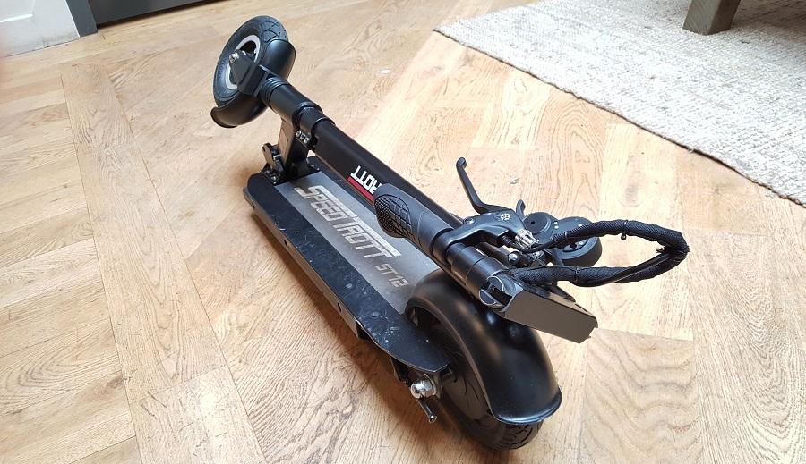 speedtrott st12 test trottinette électrique design et ergonomie pliable
