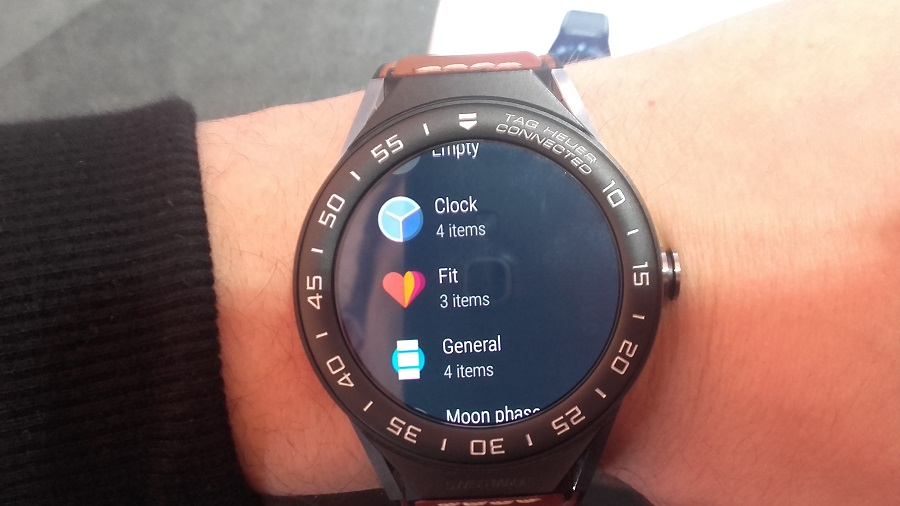 Tag Heuer Connected Modular 45 intel android 2.0 applications