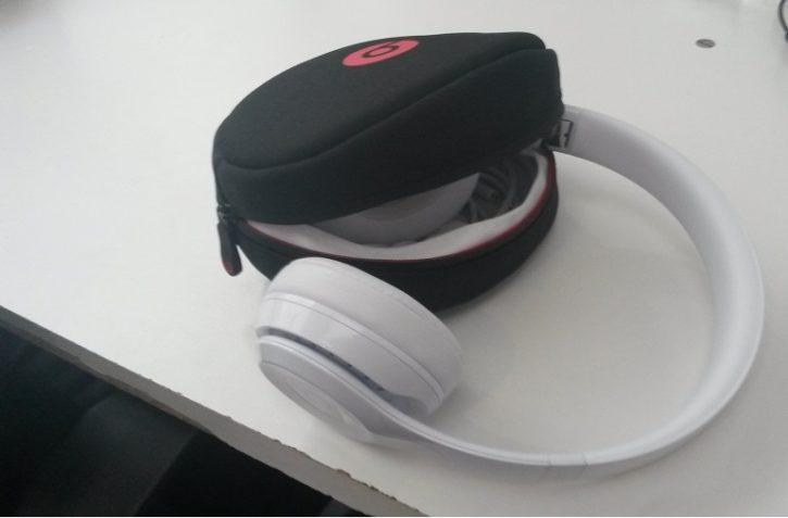Casque Beats Solo 3 Wireless Casque et Sacoche de protection