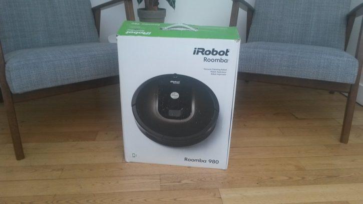 irobot roomba l 39 aspirateur connect et ind pendant. Black Bedroom Furniture Sets. Home Design Ideas
