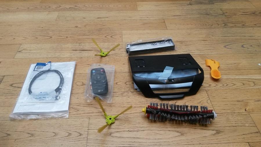 Lg Hom-Bot Turbo plus Unboxing etage 1 accessoires
