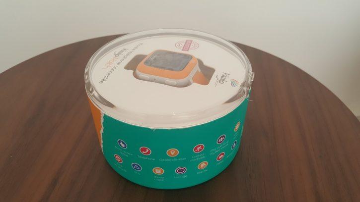Test Unboxing Kiwip Watch montre connectée boîte vue profil